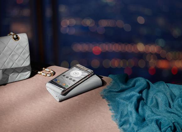 VERTU公司竟然是这样将十几万的手机卖给富豪的